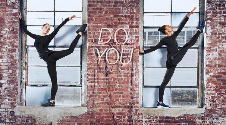 | PUMA Women's Fierce Velvet Wn | Fashion Sneakers